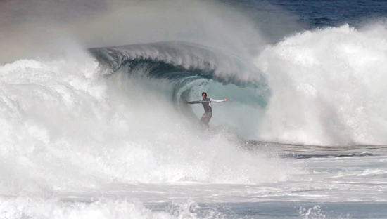 "Rogue Mag Surf - The Barrel 2013 says ""Hello"" to Hawaii"