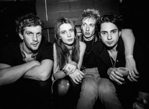 Rogue Mag Music - Wolf Alice announce biggest UK tour to date