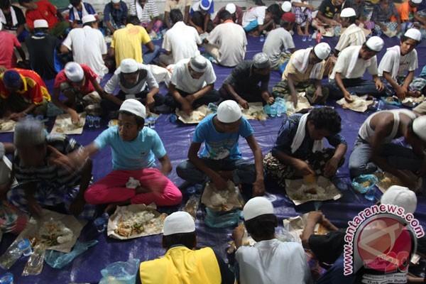 rohingya-refugees-burma-myanmar-buddism-muslim-terror