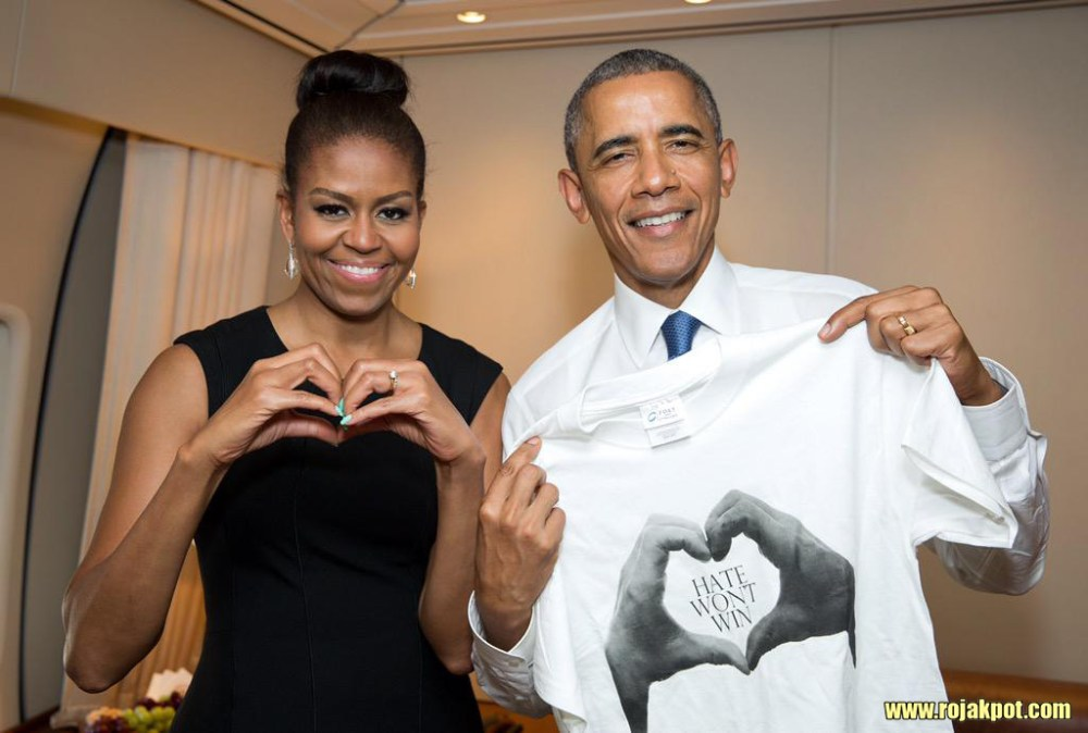 Michelle & Barack Obama showing that #HateWontWin