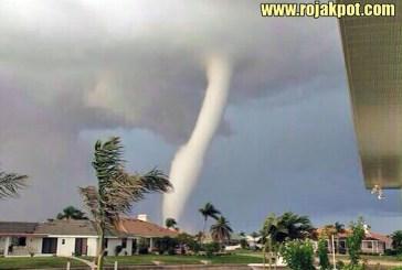Tornado Hits Manjung, Perak... NOT!