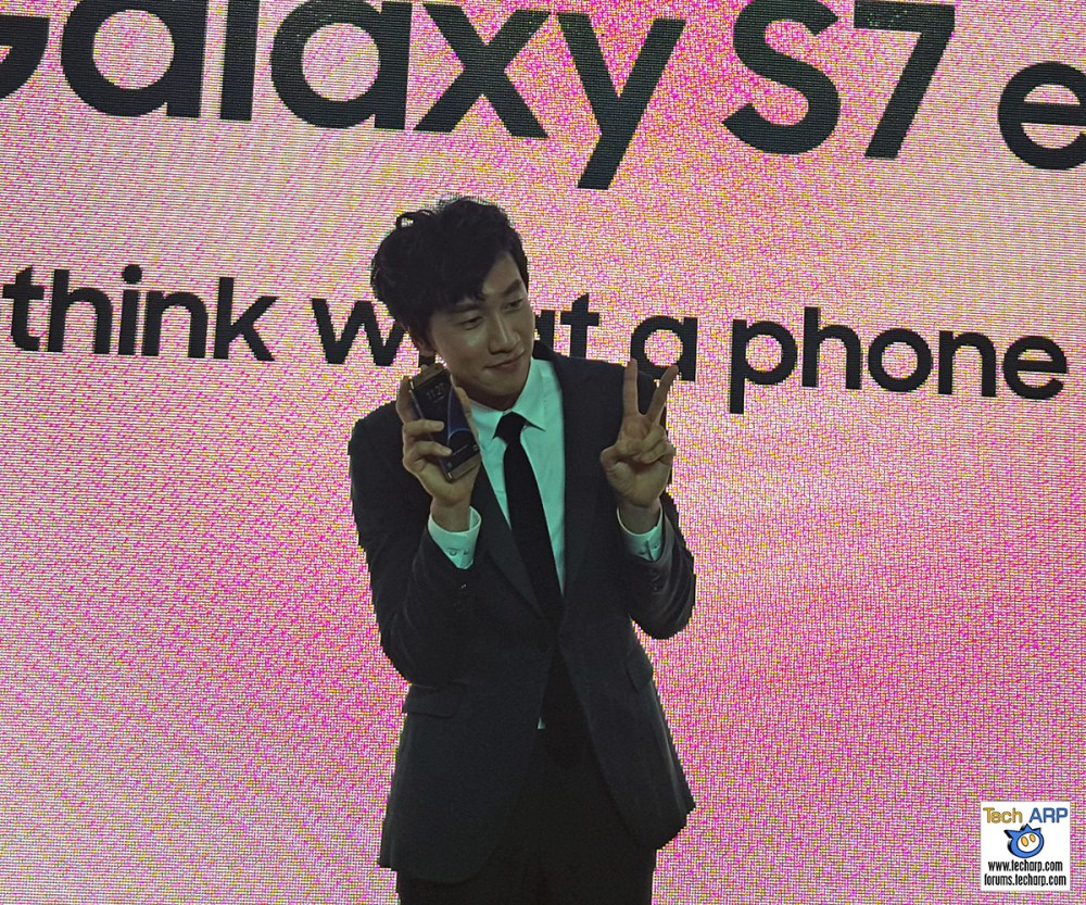 Lee Kwang-soo Sends Malaysian Fans Into A Frenzy