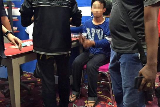 Malaysian Hero Takes Down Cinema Thief