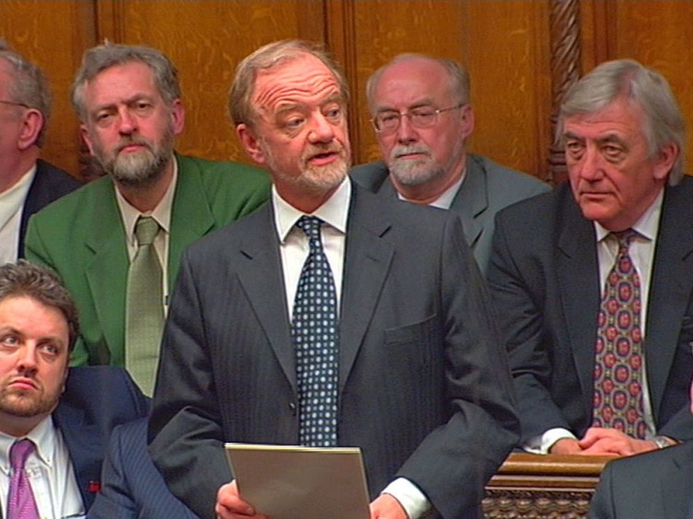 Robin Cook resigns