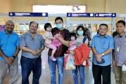 1st Wuhan Coronavirus Survivor In Malaysia Flies Home!