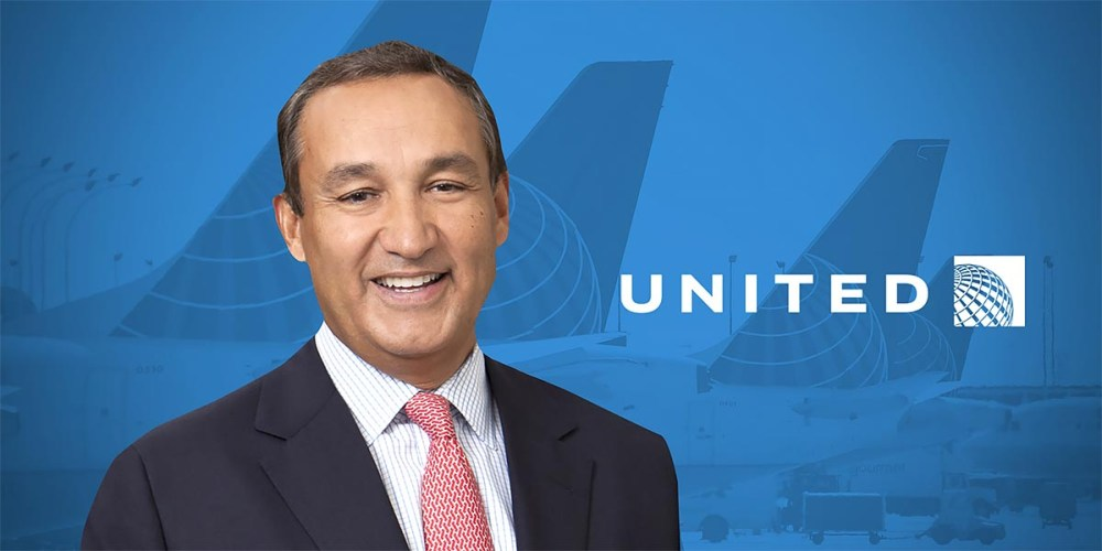 COVID-19 : United Airlines Offers FREE Changes For 1 Year!