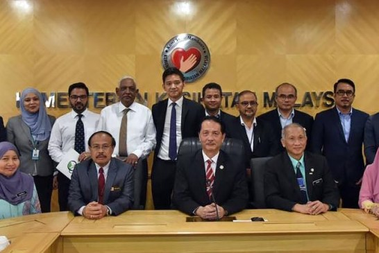 COVID-19 Malaysia : 8600 Cases, 8271 Recovered, 121 Dead