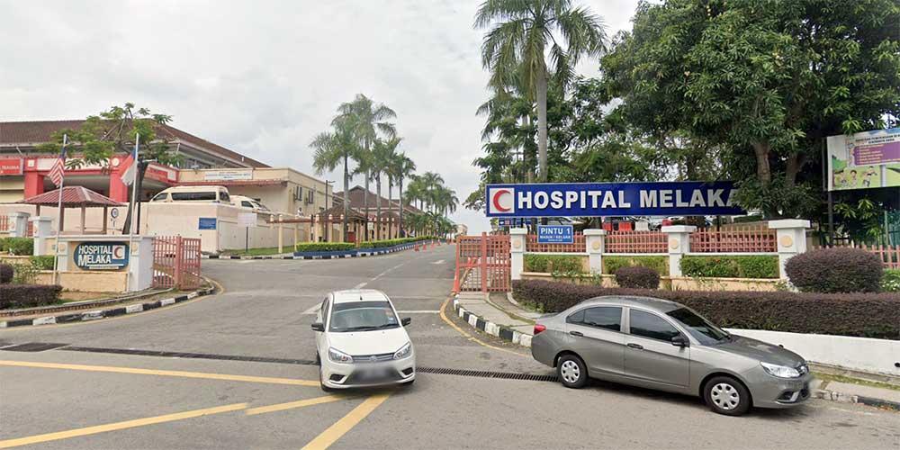 Melaka Hospital Full, COVID-19 Cases Sent To MAEPS!