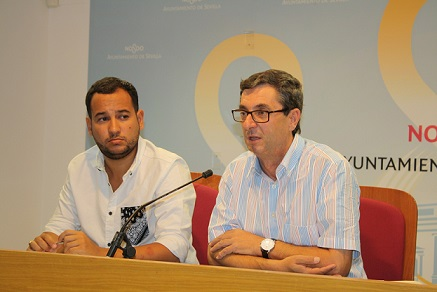 Rueda de prensa sobre los PGE, junto al diputado José Luis Centella