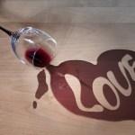 Dan ljubavi i vina: Volite se i nazdravite toj ljubavi (VIDEO)
