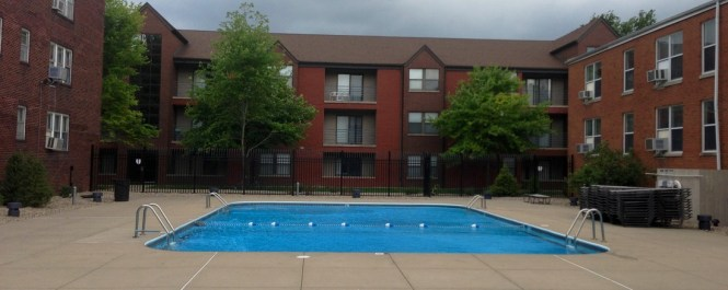 Off Campus Apartments Roland Realty