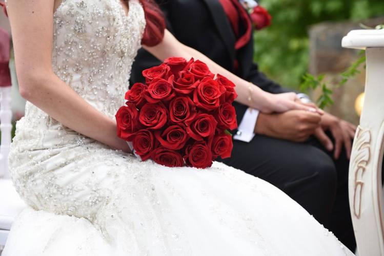 Ramo de novia rojo