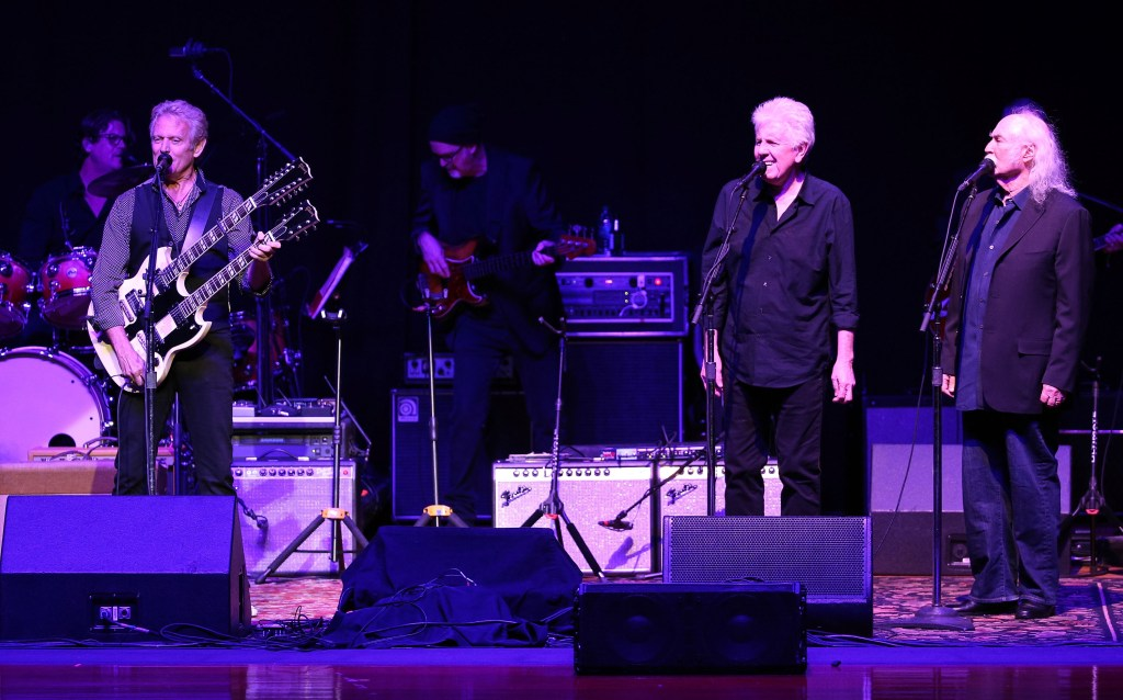 2nd Light Up The Blues Concert - An Evening Of Music To Benefit Autism Speaks - Inside