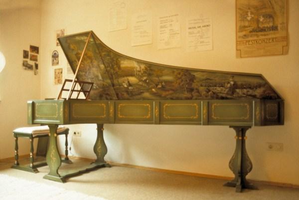 Das Musikzimmer in Seeheim, kurz vor dem Packen