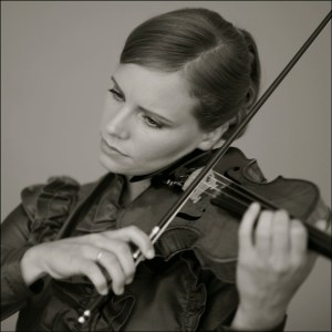 Julia Fischer (© Decca / Felix Broede)