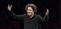 Gustavo Dudamel (© Adam Latham)