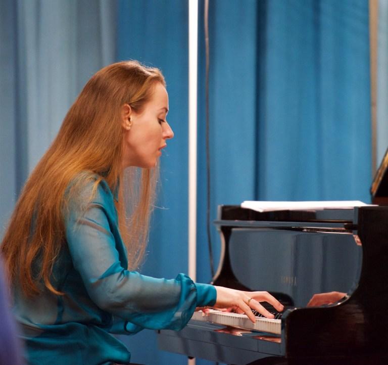 Oxana Shevchenko @ Kirchgemeindehaus Weinfelden TG, 2017-02-05 (© Rolf Kyburz)