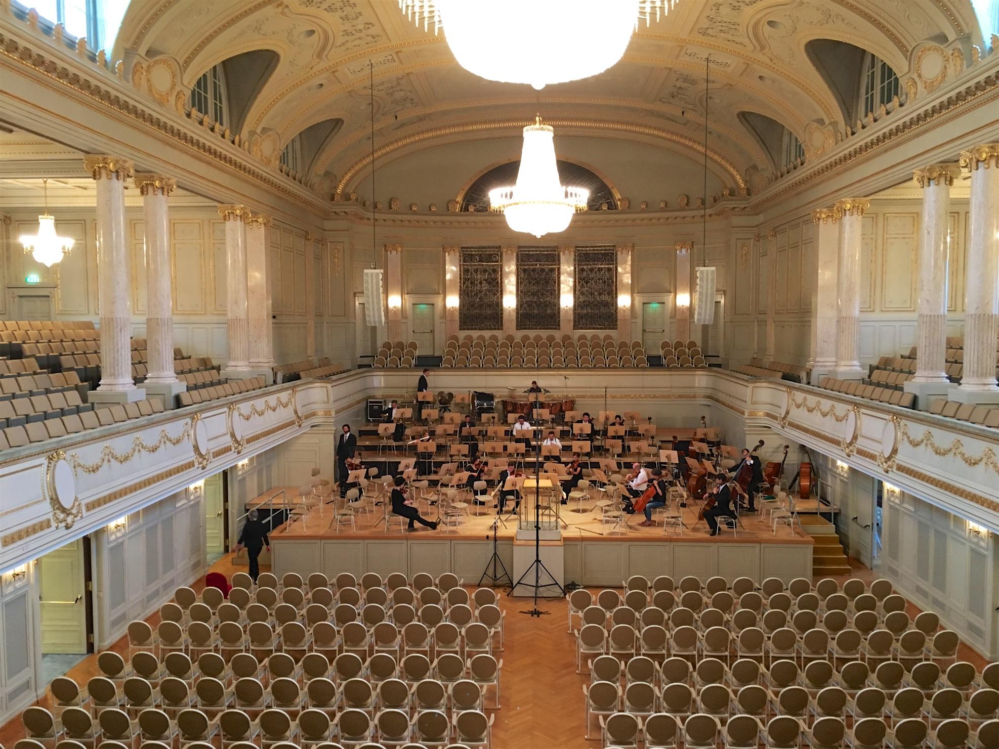 Bern Kultur Casino, concert Isserlis & Venzago / BSO (© Rolf Kyburz)