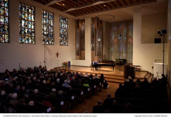 Haochen Zhang @ Lucerne Festival, Lukaskirche, 2018-11-21 (© Peter Fischli / LUCERNE FESTIVAL)