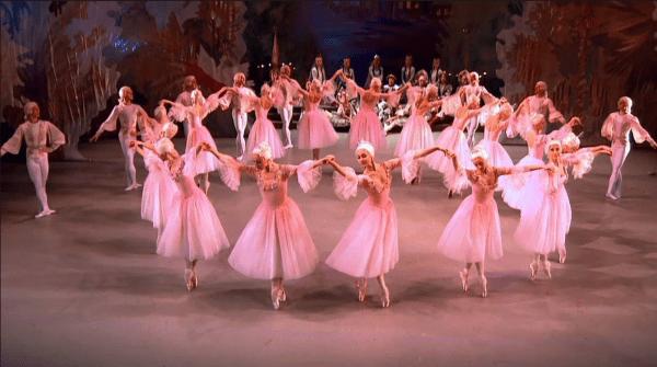 Nutcracker Ballet @ Mariinsky Theater (YouTube still)