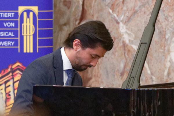 Richard Octaviano Kogima, Charity Concert, Aula, Zurich University (© Rolf Kyburz)