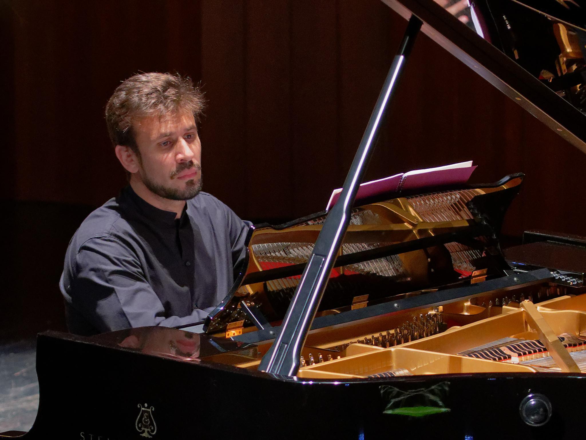 Cristian Budu @ Klavierissimo Festival, Wetzikon ZH, 2020-01-29 (© Rolf Kyburz)