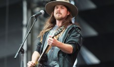 Lukas Nelson Defends His Dad Willie's Beto O'Rourke Endorsement