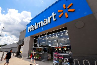 Walmart Officially Bans E-Cigarettes