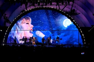 See Taylor Swift, Billie Eilish, Lizzo Perform at Hollywood Bowl Cancer Benefit