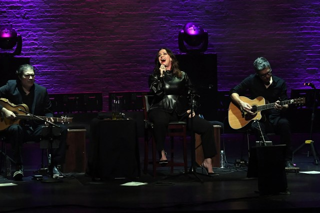 """NEW YORK, NEW YORK - DECEMBER 02: Alanis Morissette One Night Only Performing """"Jagged Little Pill"""" at The Apollo Theater on December 02, 2019 in New York City. (Photo by Kevin Mazur/Getty Images for AM)"""