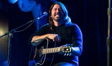 Dave Grohl Picks Patsy Cline, Smashing Pumpkins for Pandemic Playlist
