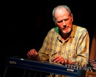 Bucky Baxter, Pedal Steel Great Who Toured With Bob Dylan, Dead at 65