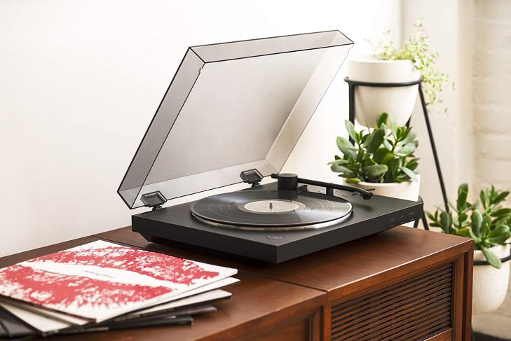 Best Turntables Under $500: Affordable Budget Record Players 2021 - Rolling  Stone
