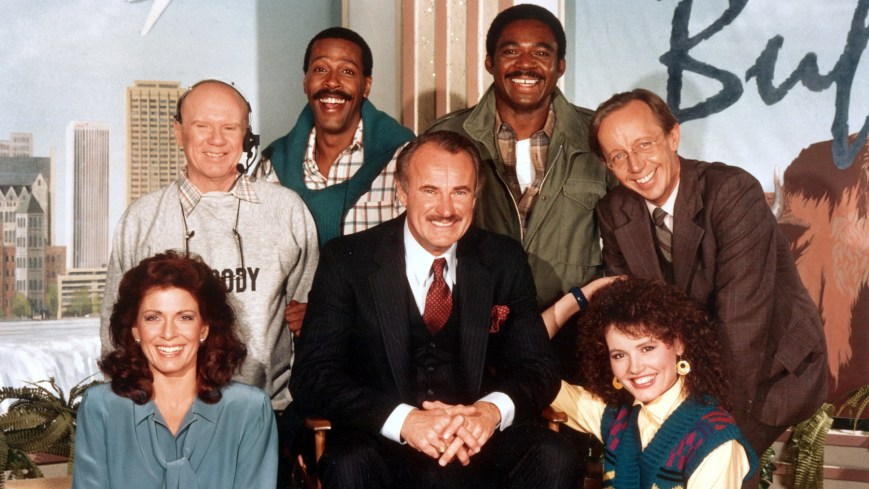 BUFFALO BILL, (top row): John Fiedler, Meschach Taylor, Charles Robinson, Max Wright, (bottom row): Joanna Cassidy, Dabney Coleman, Geena Davis, 1983-84, (c)Stampede Productions/courtesy Everett Collection