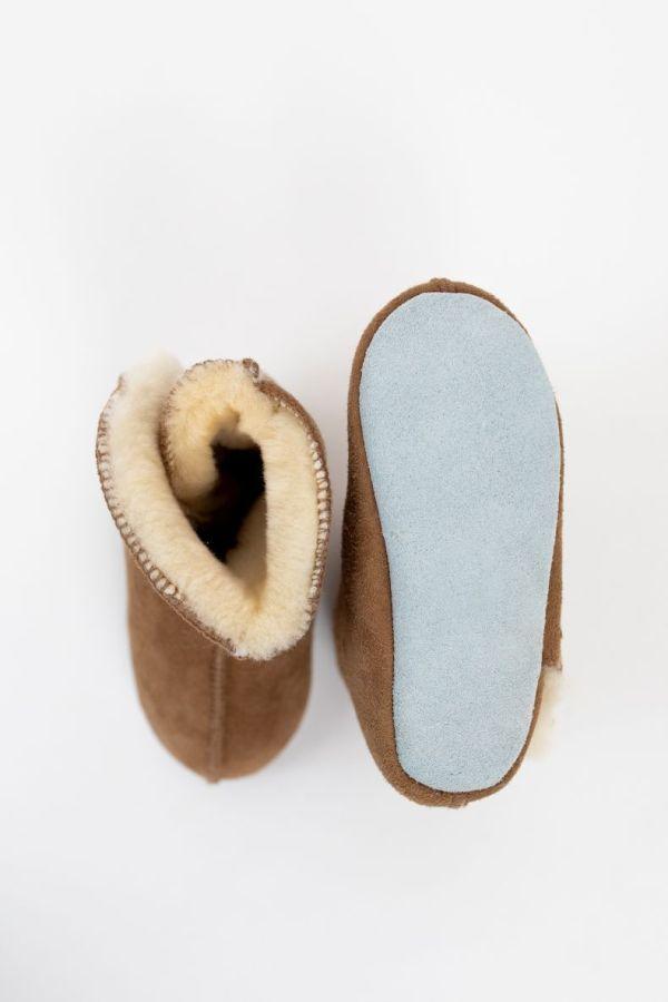 Rolly vrtcevski copati baby winter boots brown nedrsec podplat za dojencke
