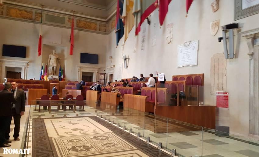 """Roma, assenti e presenti: on line il """"registro"""" dei consiglieri capitolini"""