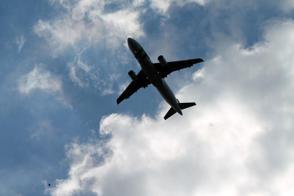 l'Italia contro UE per i voucher a seguito di voli cancellati