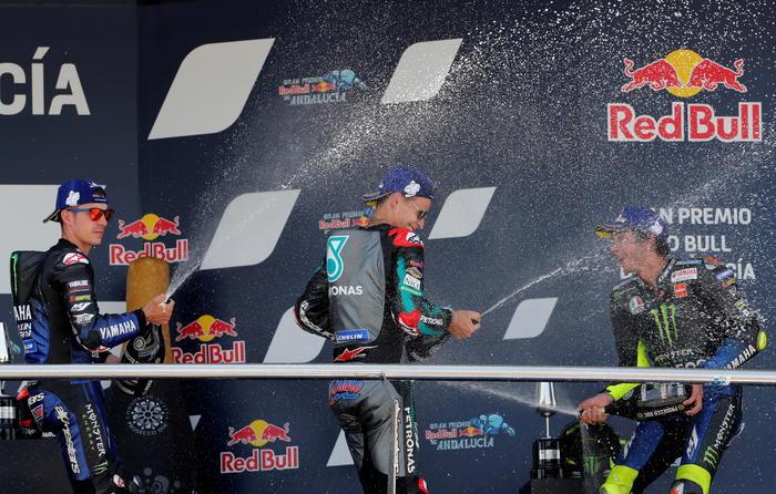 Quartararo bis e tripletta Yamaha nella MotoGP – podio Italiano in Moto 2