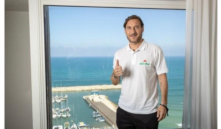Francesco Totti a Tel Aviv: una visita breve, ma piena del calore dei tifosi!