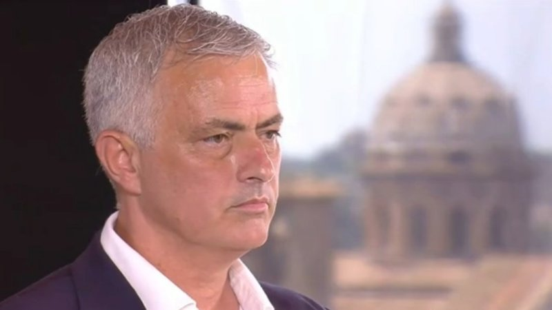 """Mourinho: """"Non sono qui in vacanza, ma per una Roma vincente """""""
