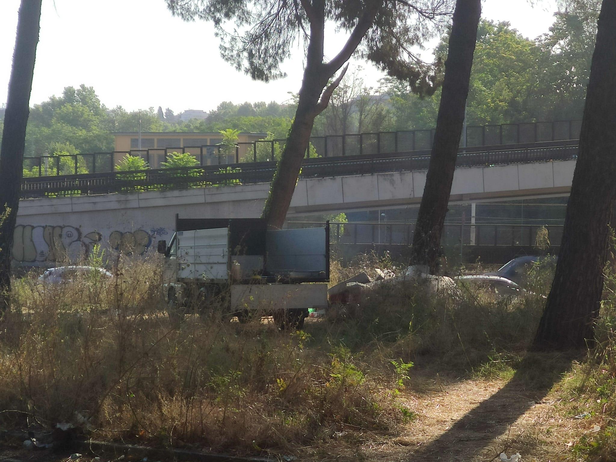 Roma, Viale Somalia: sgomberato campo rom abusivo dopo segnalazioni FDI
