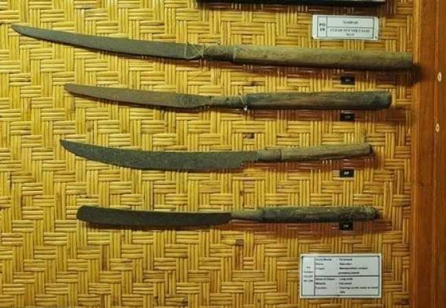 Contoh Senjata Penampad