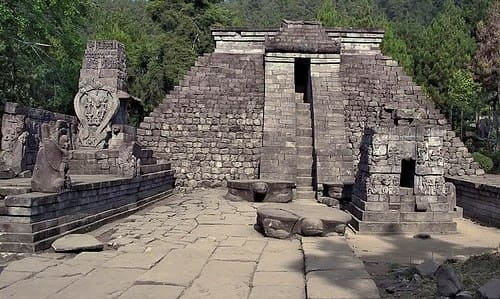 Kerajaan Salakanagara (130 362 M)