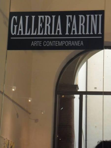 25 NOVEMBRE 2016 VITTORIO SGARBI OSPITE D'ONORE AL 15° EVENTO INTERNAZIONALE D'ARTE CONTEMPORANEA A GALLERIA FARINI CONCEPT