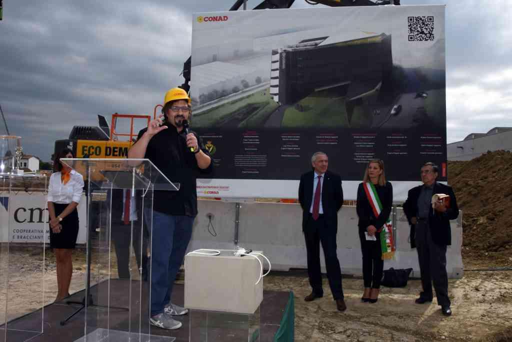 Ufficio Verde Pubblico Comune Di Forli : Le foto della posa della prima pietra della nuova sede di conad a