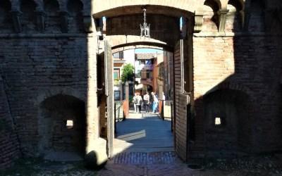 Una giornata tra Brisighella, romantico borgo romagnolo e i colori di Dozza.