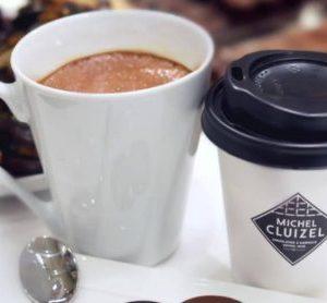 Boire un chocolat chaud à Paris