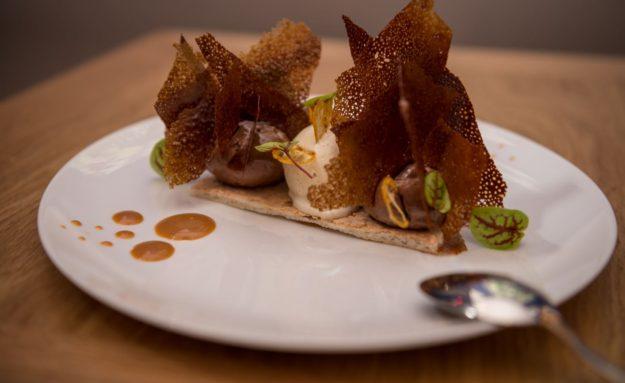 Paris restaurant les Tables d'Augustin, dessert de saison