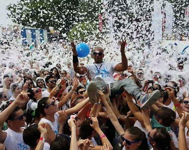@thebubbleday sur Instagram_ Quand @stevekondo_speaker vient a #Marseille, c'est pour mettre le #FEUUUU ! Son dernier gros événement avant d'animer l'euro au Prado c'est The Bubble Day Marseille 2016 - Officiel sur la #J4 ! Derni