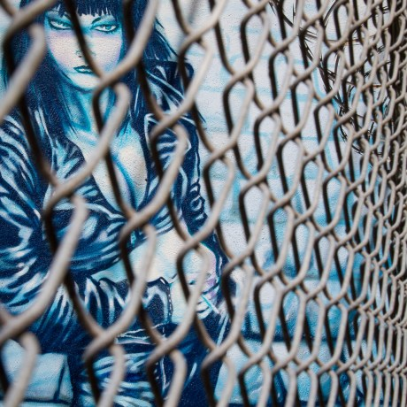 Trapped, 2013. Archival pigment print on Canson Baryta Photographique, 15x10
